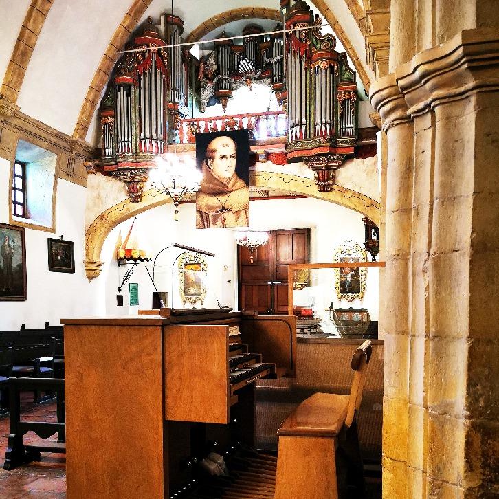 Restauration à la basilique historique de la Mission de Carmel